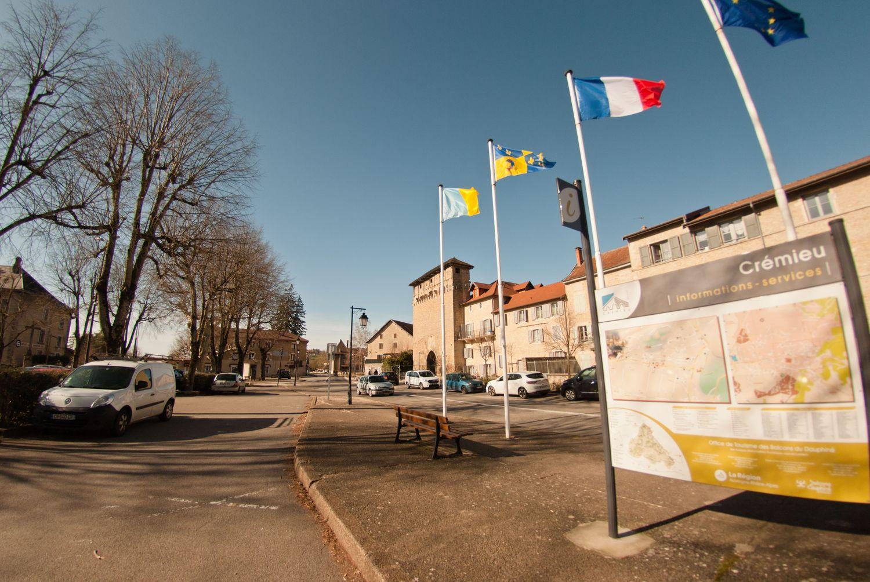 Crémieu, magnifique cité médiévale !